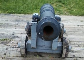 Cannon at Fort Meig